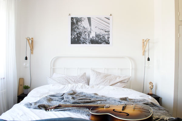 Minimal-Bedroom-Styling-Better-Sleep-Month