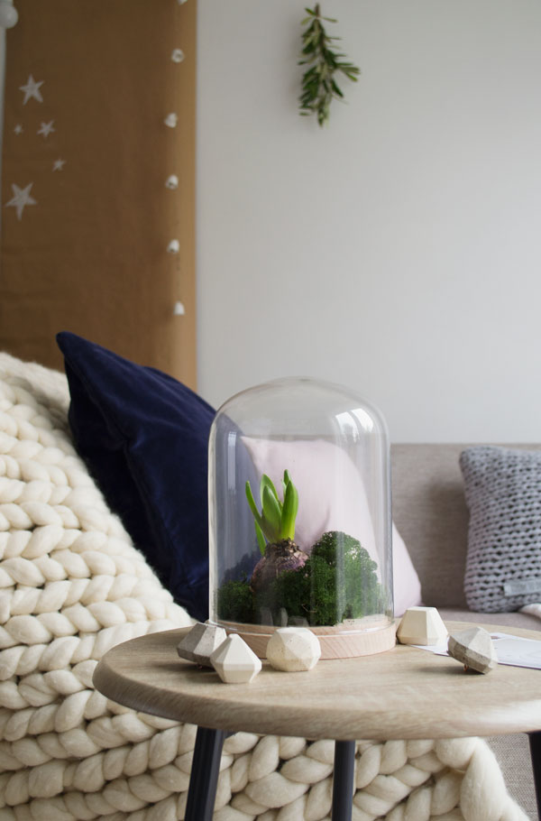 Natural, Minimal Christmas Styling for your home