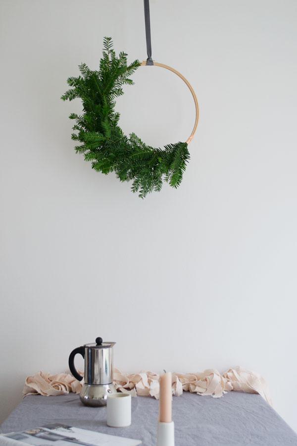 Scandinavian Christmas minimal wreath and blush pink garland and candle