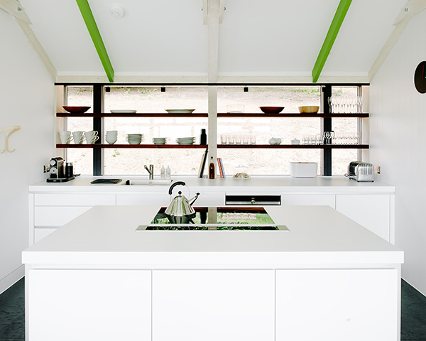 The-Chicken-Shed-kitchen-minimalist-holiday-home-wye-valley06
