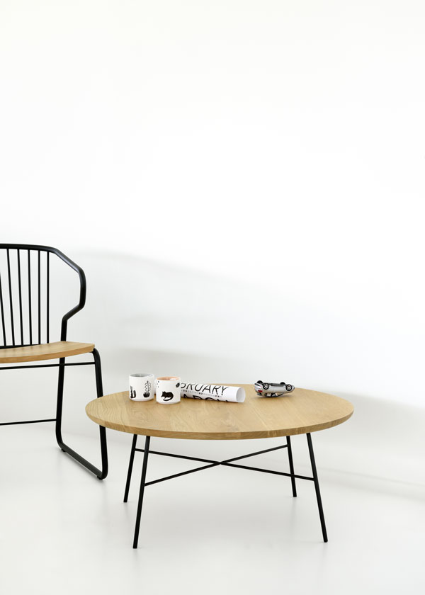 universo-positivo-disc-coffee-table-round