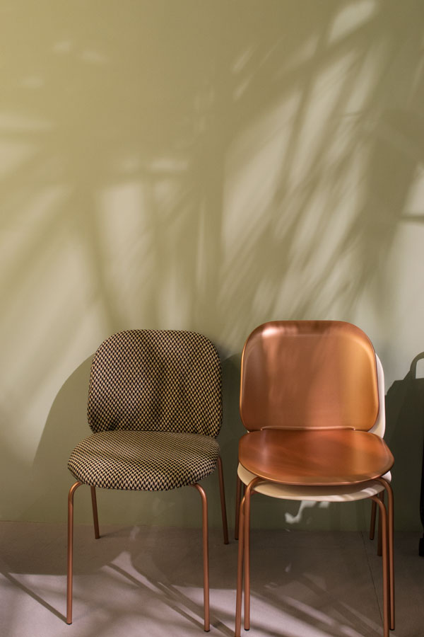 DDN Magazine Italian design brands tour at Salone del Mobile 2017 Milan, Arflex, copper chairs