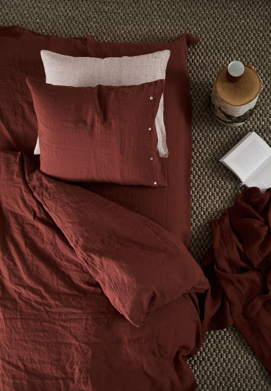 Norrgavel organic bed linen in Terra, terracotta, earthy linen.
